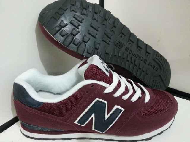 nb 574 maroon