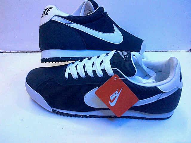 Nike Marquee – SEPATU PAMULANG 93fec2a22b