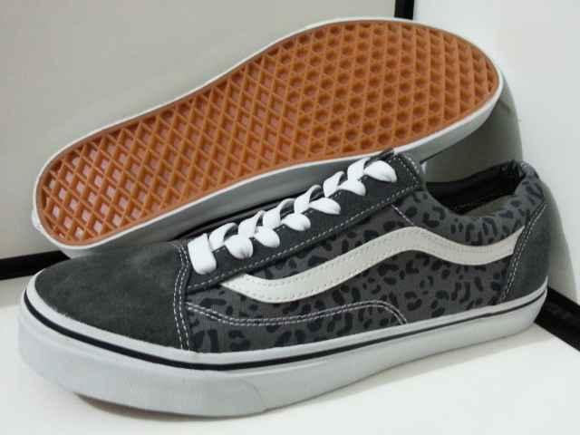 vans old skool leopard grey